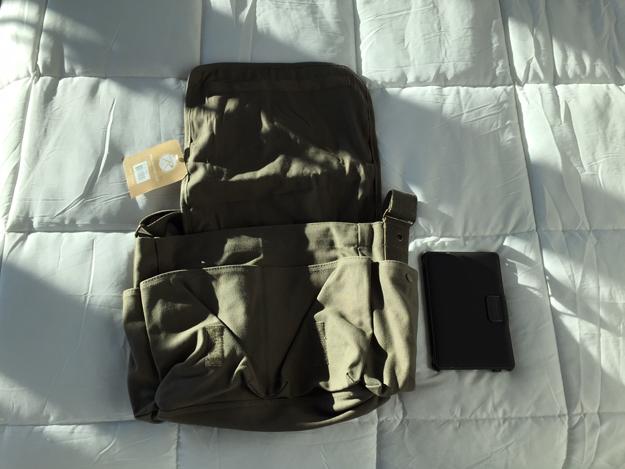 Rothco-Classic-Messenger Bag