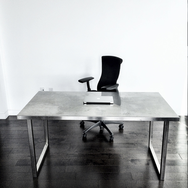 The minimal desk experiment malan for Minimalist desk